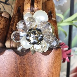 Jewelry - Faceted Bead Faux Pearl Cluster Cocktail Ring